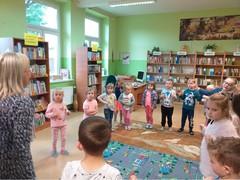 Galeria 2019.05.28 Motylki w bibliotece